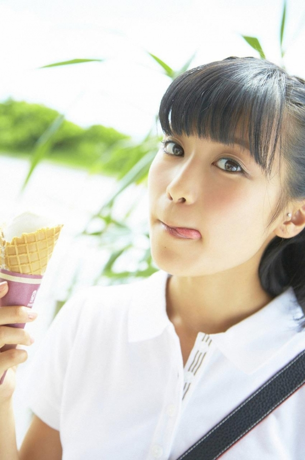 小島瑠璃子 画像05a.jpg