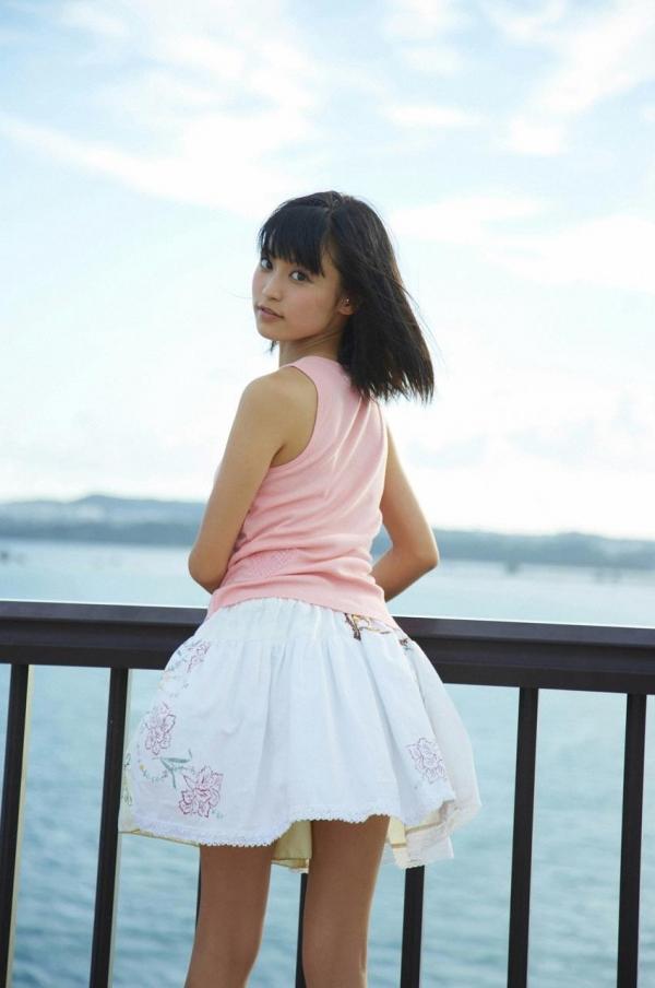 小島瑠璃子 画像40a.jpg