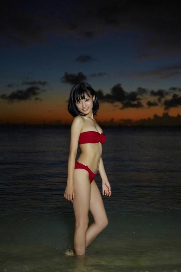 小島瑠璃子|過激 水着エロ画像022a.jpg