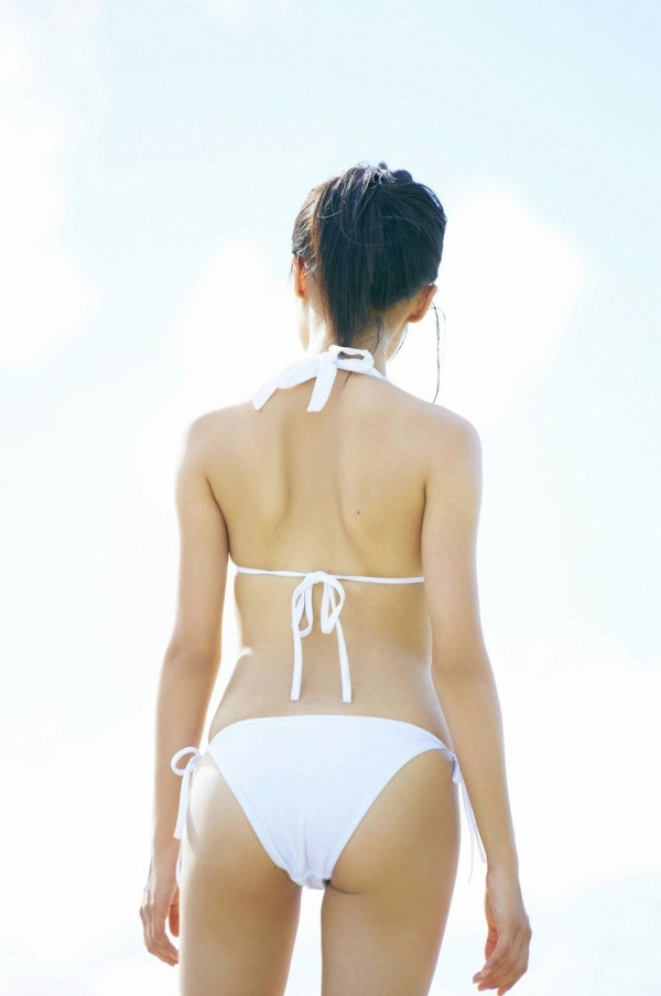 小島瑠璃子|過激 水着エロ画像032a.jpg