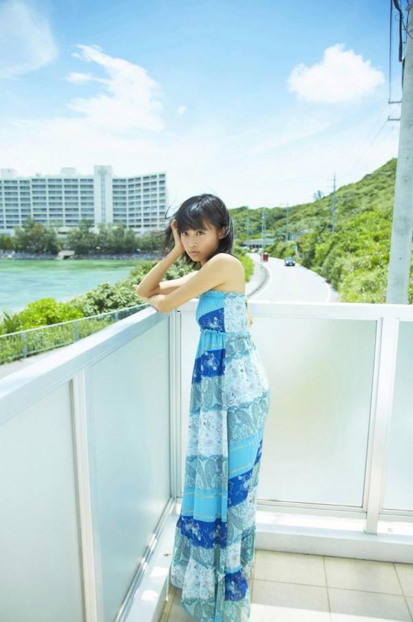 小島瑠璃子|過激 水着エロ画像060a.jpg