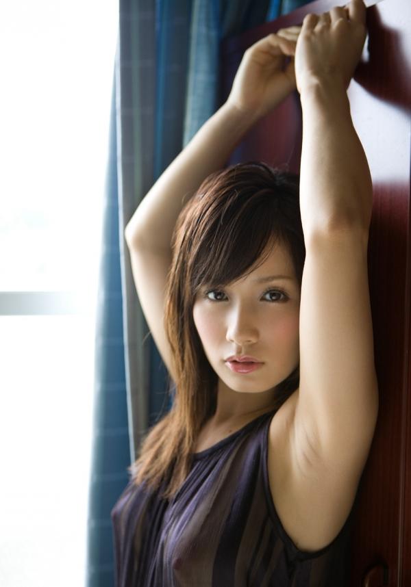 AV女優 小島みなみ ヌード エロ画像021.jpg