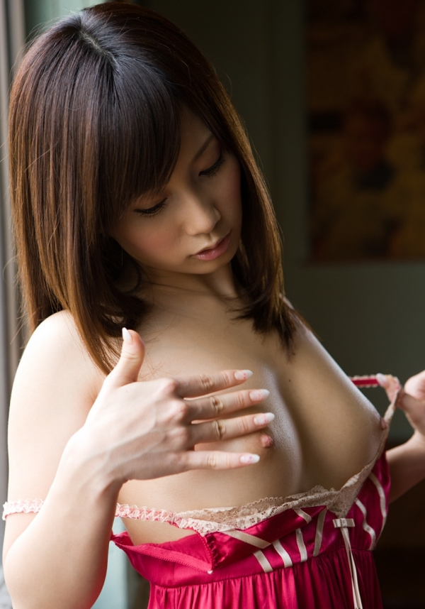 AV女優 小島みなみ ヌード エロ画像032.jpg