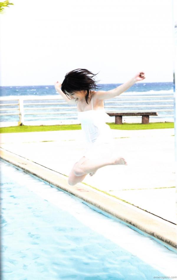 真野恵里菜 水着 画像017a.jpg