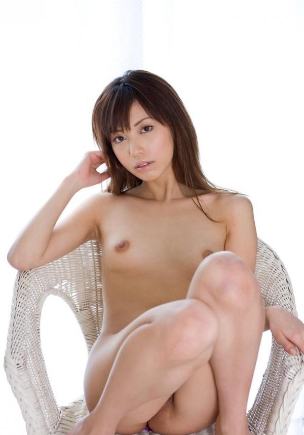 横山美雪|美乳の美人AV女優 セクシーな下着姿とヌードエロ画像14a.jpg
