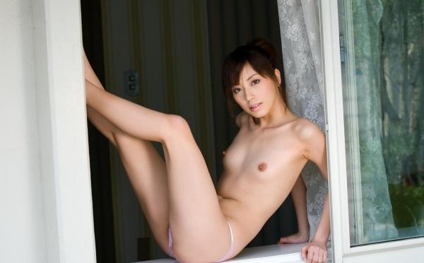 横山美雪|美乳の美人AV女優 セクシーな下着姿とヌードエロ画像44a.jpg