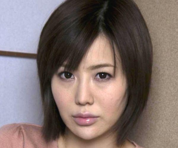 AV女優 森ななこ 人妻 ヌード エロ画像01.jpg