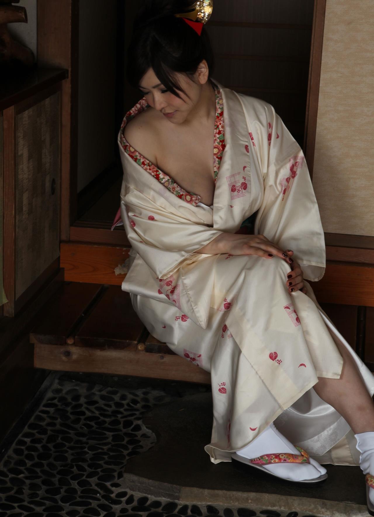 沖田杏梨 和服ヌード AV女優 エロ画像.com