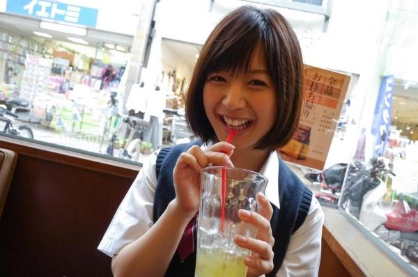 尾上若葉 JKコスプレでエッチしてる童顔で巨乳おっぱいのAV女優エロ画像a009a.jpg