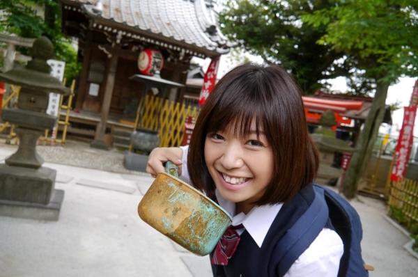 尾上若葉 JKコスプレでエッチしてる童顔で巨乳おっぱいのAV女優エロ画像a018a.jpg
