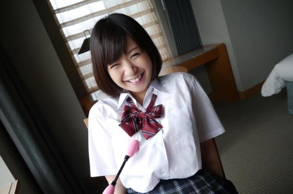 尾上若葉 JKコスプレでエッチしてる童顔で巨乳おっぱいのAV女優エロ画像a027a.jpg