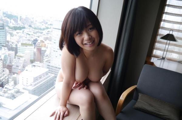 尾上若葉 JKコスプレでエッチしてる童顔で巨乳おっぱいのAV女優エロ画像c017a.jpg