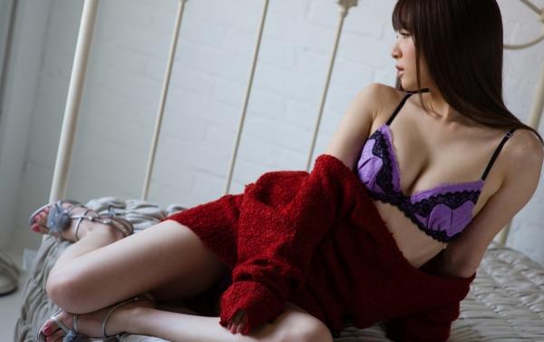 大橋未久 美脚のスレンダー美女ヌード画像40枚の14枚目
