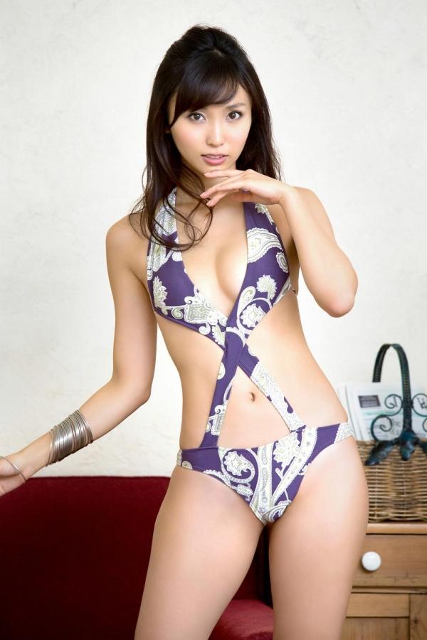 吉木りさ|セクシー下着と水着姿の官能グラビアアイドル エロ画像23a.jpg