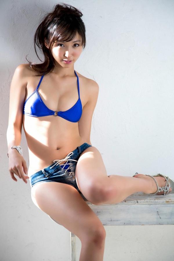 吉木りさ|セクシー下着と水着姿の官能グラビアアイドル エロ画像29a.jpg
