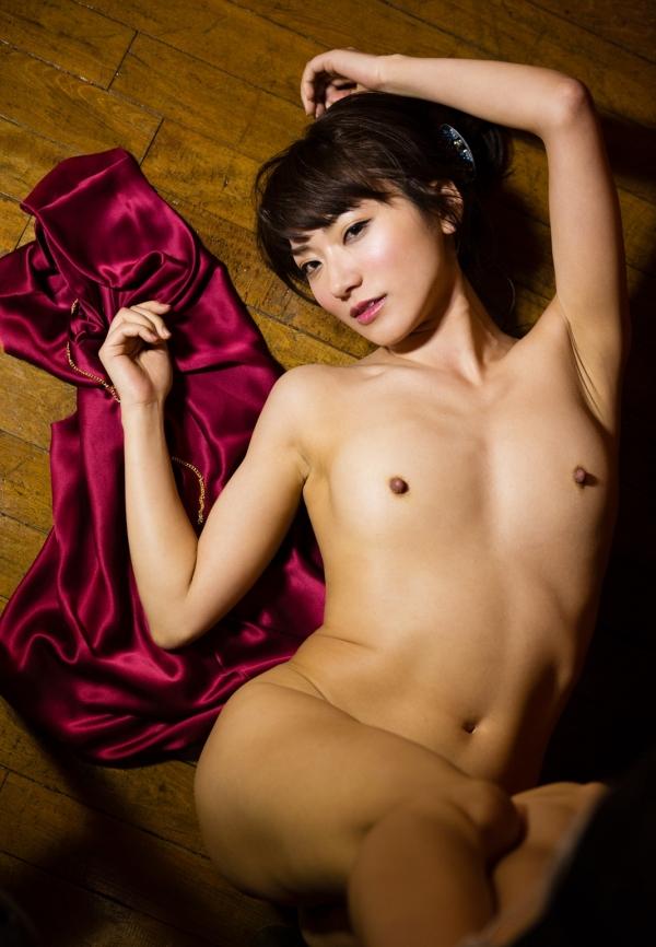 AV出演強要を告白した香西咲さんヌード画像40枚のd1015枚目