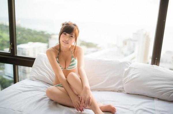 佐野ひなこ 水着 画像a36.jpg