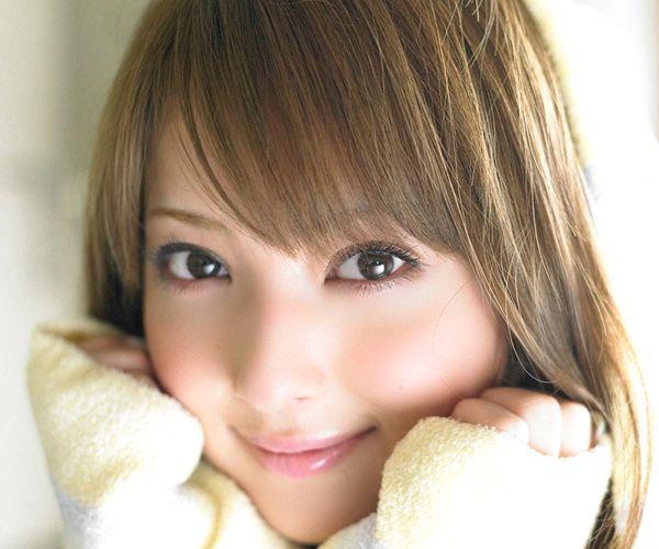佐々木希 世界レベルの美人モデル 女優のかわいいビキニ水着 画像01.jpg