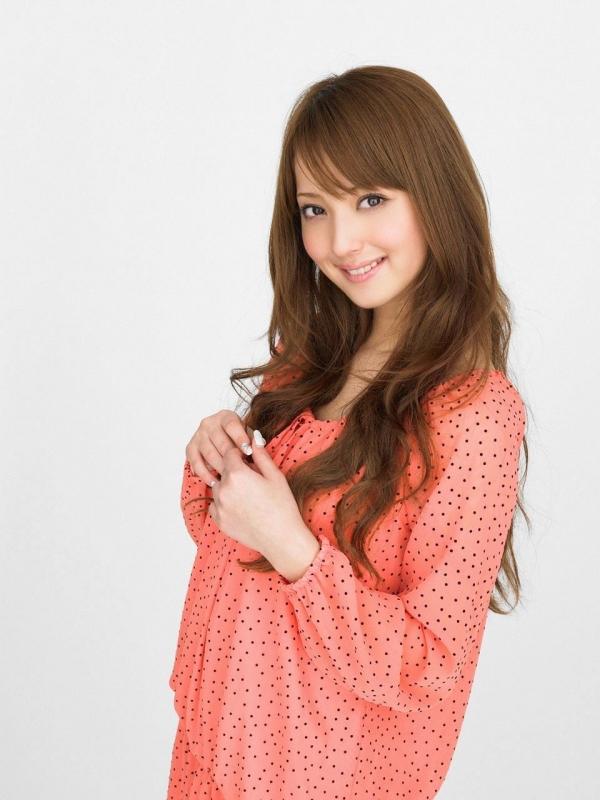 佐々木希 世界レベルの美人モデル 女優のかわいいビキニ水着 画像23.jpg