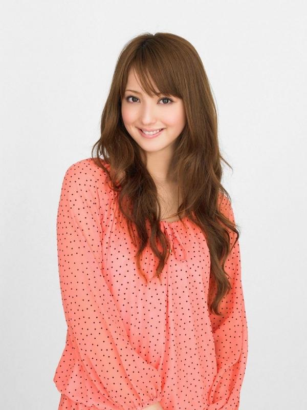佐々木希 世界レベルの美人モデル 女優のかわいいビキニ水着 画像26.jpg