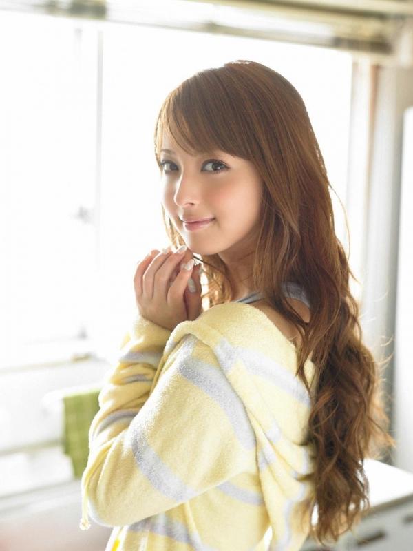 佐々木希 世界レベルの美人モデル 女優のかわいいビキニ水着 画像37.jpg