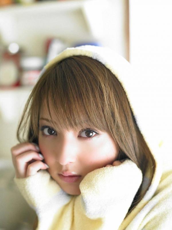 佐々木希 世界レベルの美人モデル 女優のかわいいビキニ水着 画像41.jpg