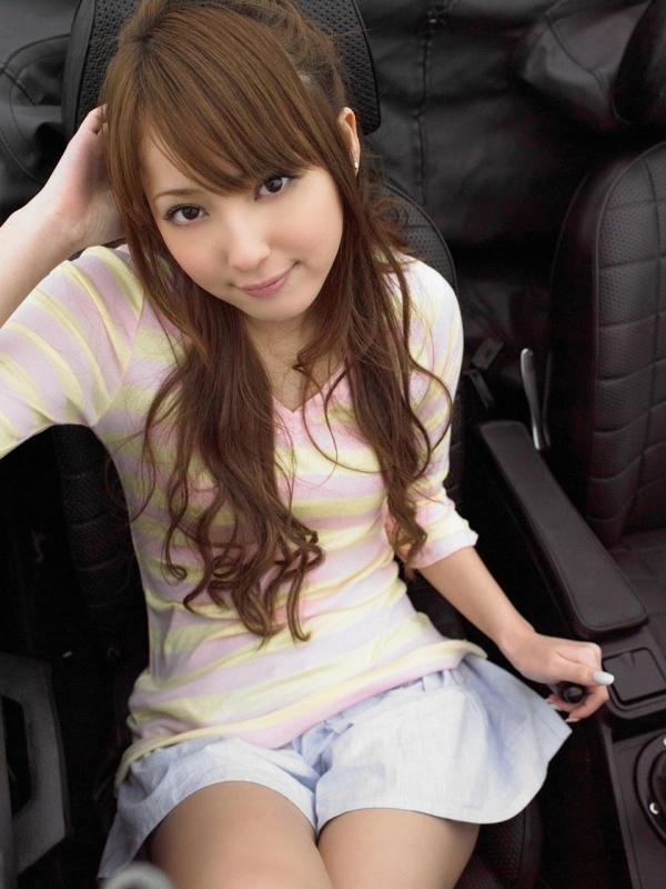 佐々木希 グラビアアイドルでモデル 女優のビキニ水着のかわいい画像06.jpg