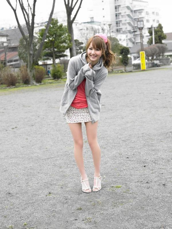 佐々木希 グラビアアイドルでモデル 女優のビキニ水着のかわいい画像39.jpg