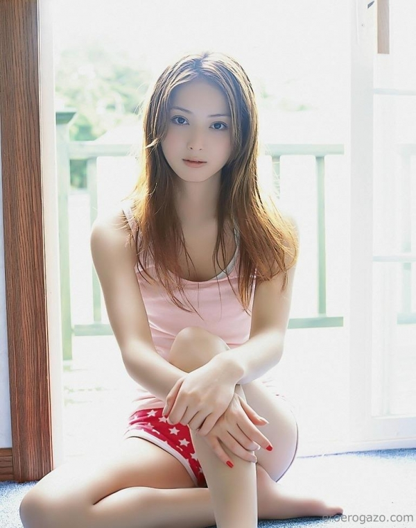 佐々木希 画像b006a.jpg