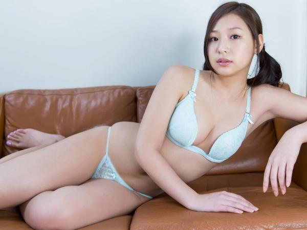 佐山彩香 水着 画像 過激045a.jpg