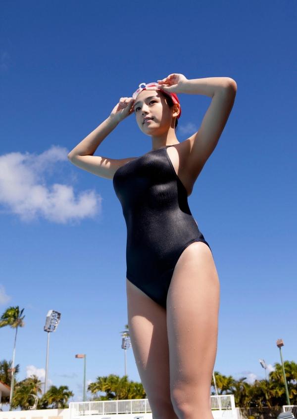 篠崎愛 むちむち巨乳のグラビアアイドルはみ出すおっぱい水着エロ画像27a.jpg