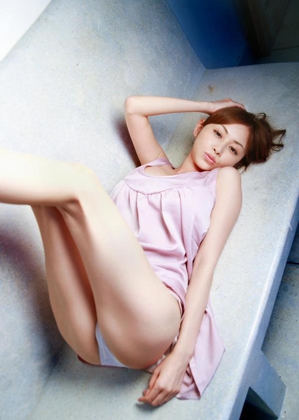 杉原杏璃(すぎはらあんり)巨乳おっぱいグラビアアイドルのビキニ水着エロ画像16.jpg