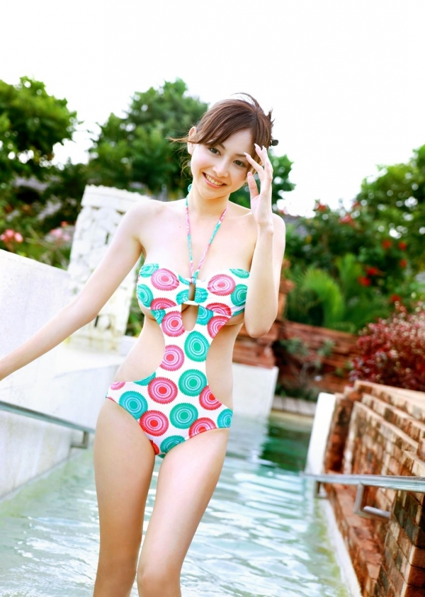 杉原杏璃(すぎはらあんり)巨乳おっぱいグラビアアイドルのビキニ水着エロ画像28.jpg
