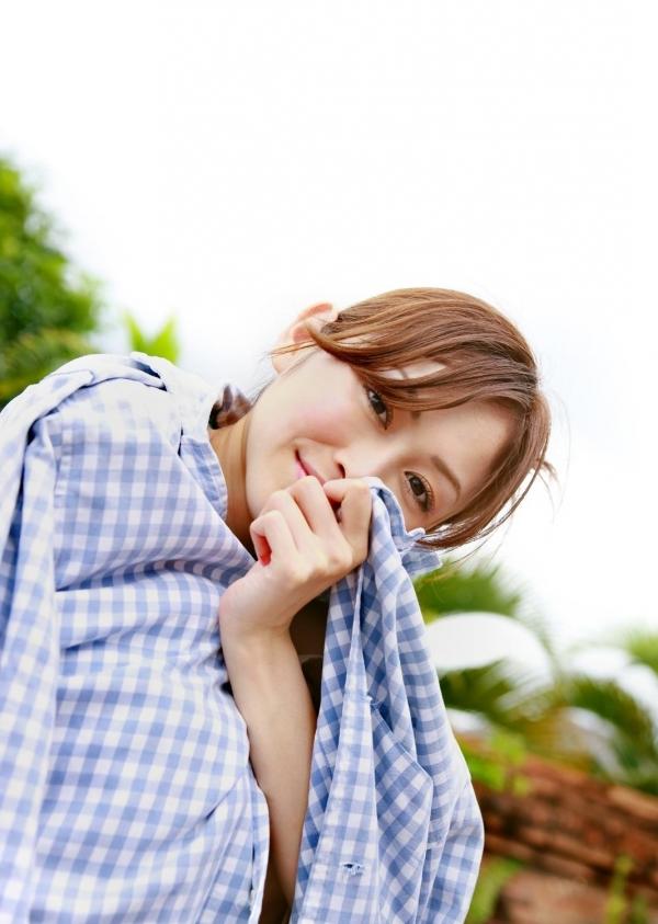 杉原杏璃|ビキニからハミ出たおっぱいがエッチなグラビアアイドルの水着エロ画像02.jpg