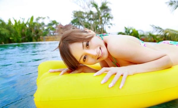 杉原杏璃|ビキニからハミ出たおっぱいがエッチなグラビアアイドルの水着エロ画像06.jpg