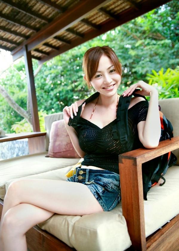 杉原杏璃|ビキニからハミ出たおっぱいがエッチなグラビアアイドルの水着エロ画像14.jpg
