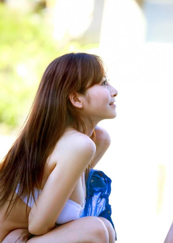 杉原杏璃|ビキニからハミ出たおっぱいがエッチなグラビアアイドルの水着エロ画像29.jpg