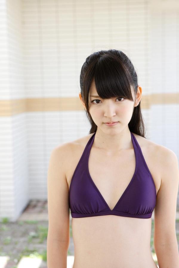 鈴木愛理 ハロープロジェクト℃-uteのアイドル ビキニ水着 画像02a.jpg