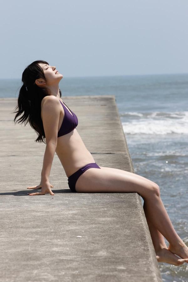 鈴木愛理 ハロープロジェクト℃-uteのアイドル ビキニ水着 画像09a.jpg