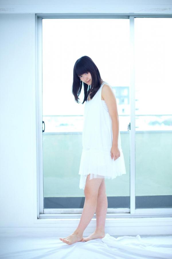 鈴木愛理 ハロープロジェクト℃-uteのアイドル ビキニ水着 画像03a.jpg