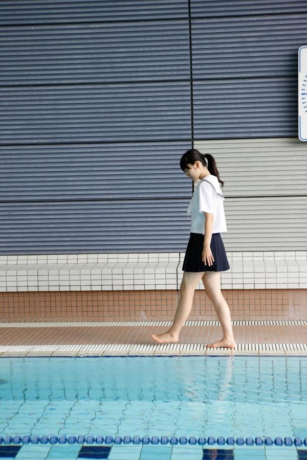 鈴木愛理|ハロープロジェクト℃-uteのアイドル JK制服コスプレと水着 画像a004a.jpg