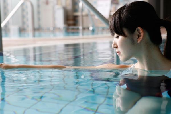 鈴木愛理|ハロープロジェクト℃-uteのアイドル JK制服コスプレと水着 画像c020a.jpg
