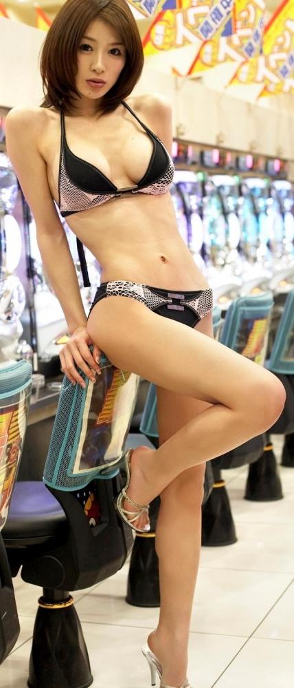 手島優|ロンドンハーツでイジられてるグラビアアイドル水着エロ画像10a.jpg