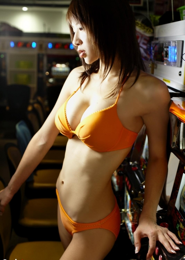 手島優|ロンドンハーツでイジられてるグラビアアイドル水着エロ画像21a.jpg