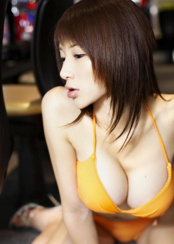 手島優|ロンドンハーツでイジられてるグラビアアイドル水着エロ画像29a.jpg