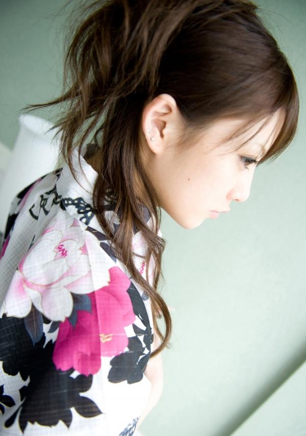 月野りさ|浴衣姿の美人AV女優がエロメン鈴木一徹とエッチしてるエロ画像39.jpg