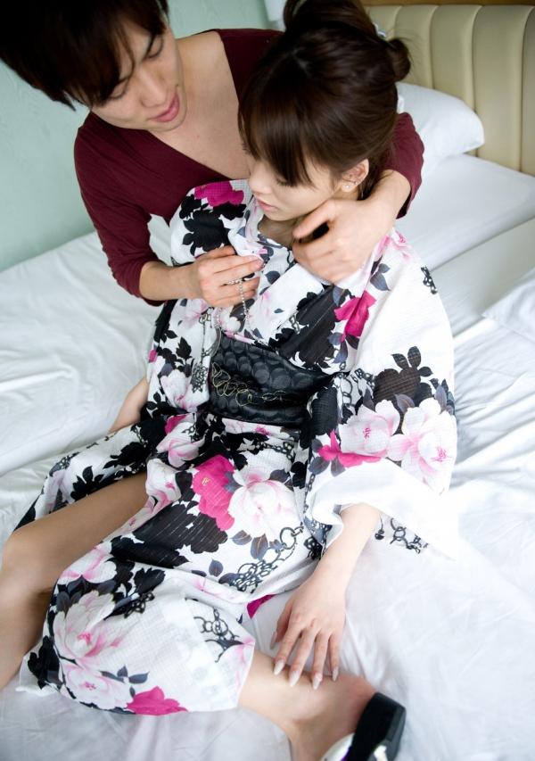 月野りさ|浴衣姿の美人AV女優がエロメン鈴木一徹とエッチしてるエロ画像62.jpg