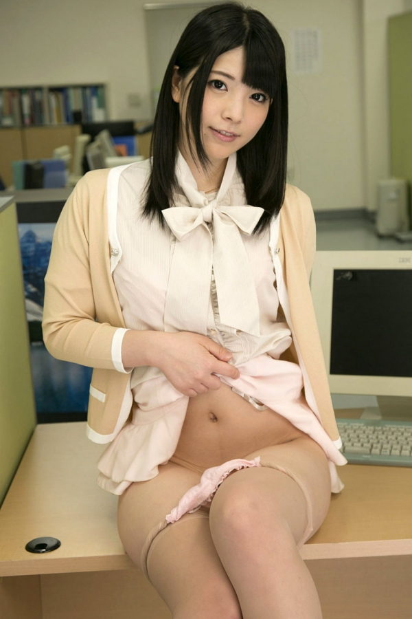 AV女優 上原亜衣 画像17.jpg