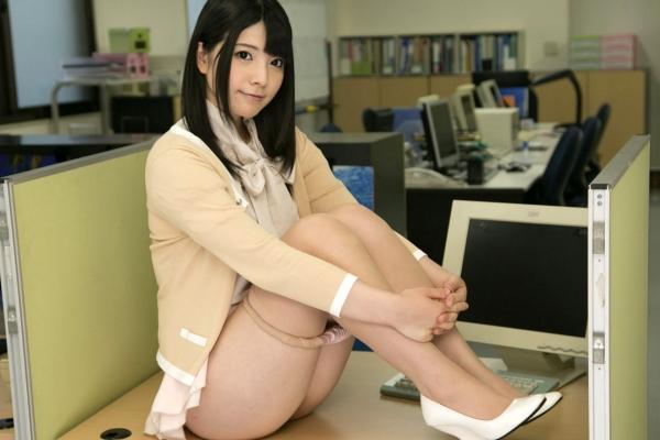 AV女優 上原亜衣 画像21.jpg