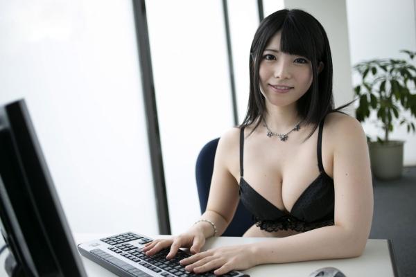 AV女優 上原亜衣 画像26.jpg
